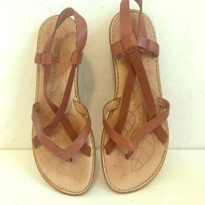 {Born} Sandals